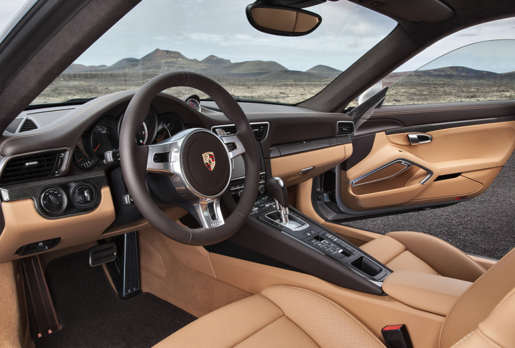 911 Turbo S Coupé: Interieur