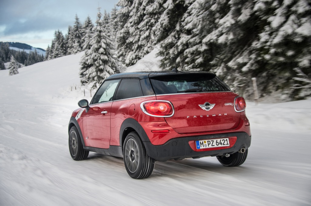 2013-Mini-Cooper-D-Paceman-ALL4-Motion-12-1920x1440
