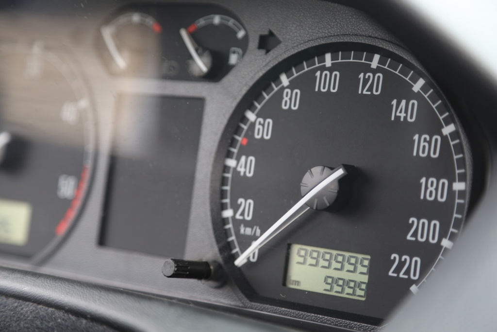 un-koda-fabia-recorre-999-999-km-en-13-anos (1)