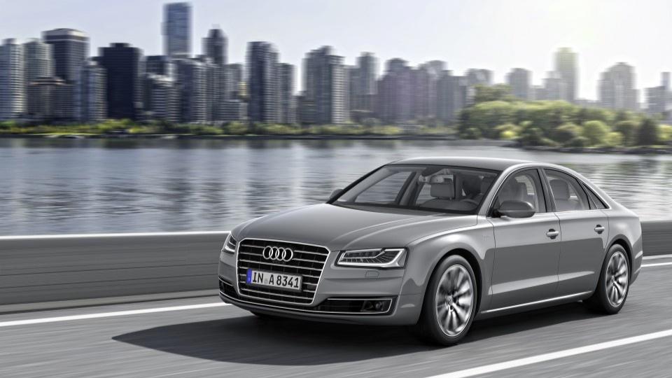 Audi_A8_hybrid_8MjpgMjpg-960x640