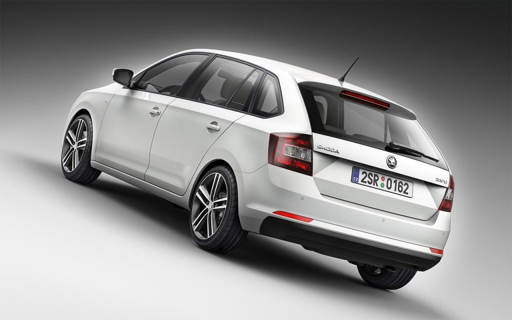 2013-skoda-rapid-spaceback-4