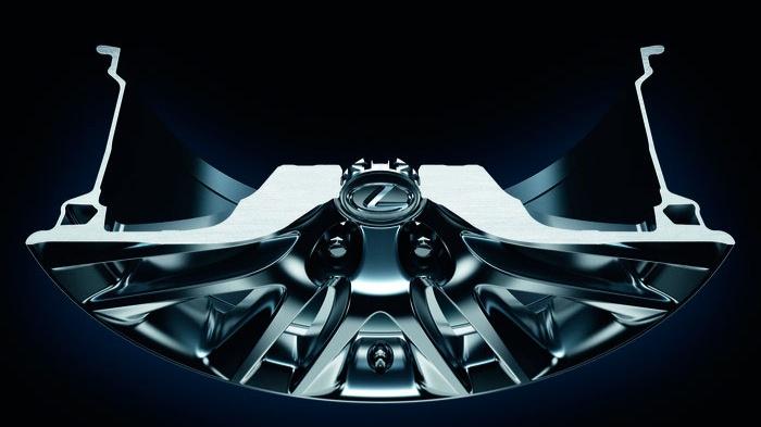 2014_Lexus_LS-02