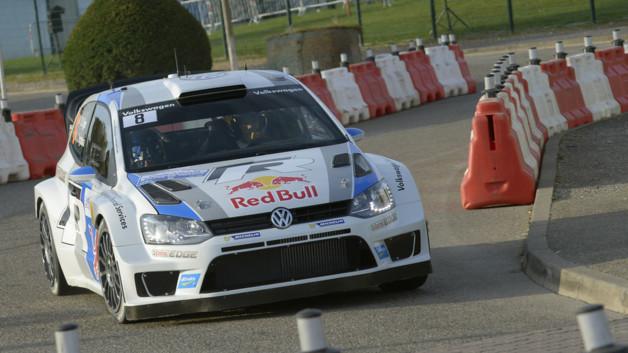 wrc-rallye-france-2013-sebastien-ogier-volkswagen-polo-11004279rwehd_2038